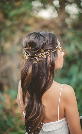 Bridal Hairstyle with Gold Accessories | Tyler Rye Photography | Light and Shadow - Still Life Inspired Fine Art Wedding Styling in Moody Winter Shades