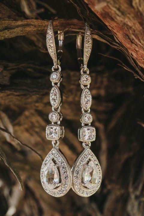 Stunning Teardrop Earrings | Vitaly M Photography | Black Tie Coastal Wedding with Classic Beach Details