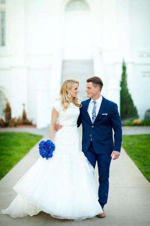 White And Navy Wedding Dress 1 Fresh Stunning Mermaid Wedding Dress