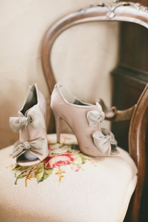 Chic Neutral Bow Booties for a Winter Bride