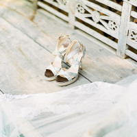 Silver Jimmy Choo Wedding Shoes | Brancoprata | Stylish White and Silver Destination Wedding in Portugal