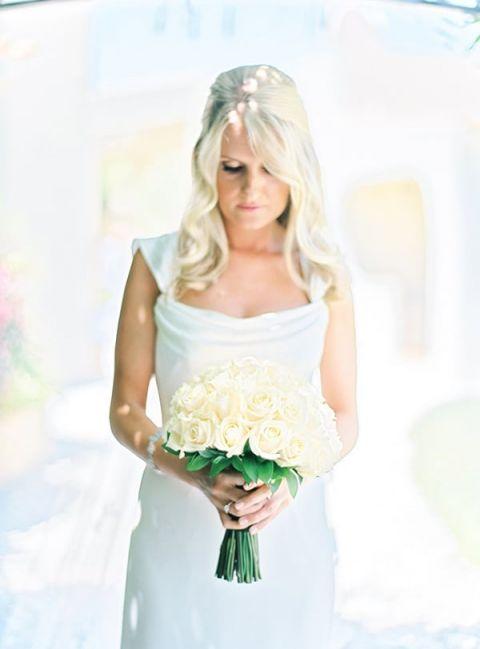 Classic All White Bride | Brancoprata | Stylish White and Silver Destination Wedding in Portugal