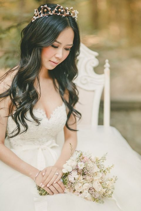 Enchanting Bridal Portraits with a Woodland Crown