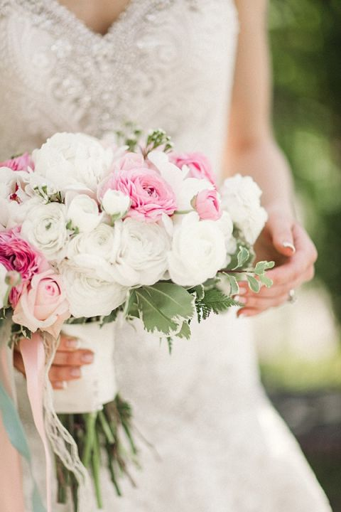 Pink and White Ranunculus and Rose Bouquet   Megan Robinson Photography and Leslie Dawn Events   Pearls and Roses - Vintage French Glam Wedding Portraits