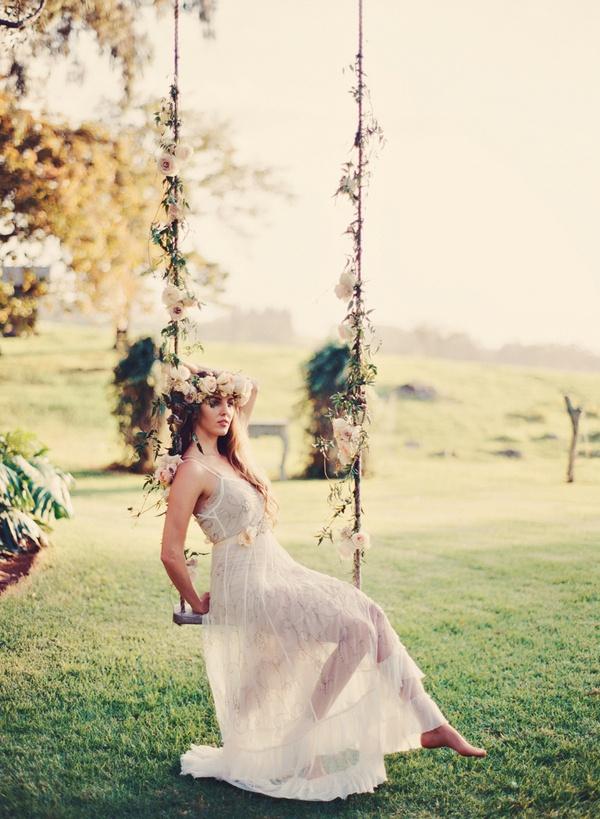 Unique Floral Design Inspiration For Spring Weddings Hey