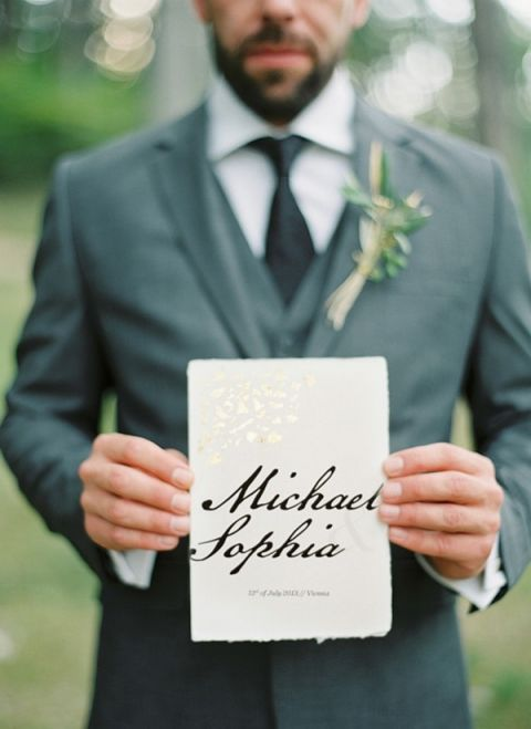 Elegant Calligraphy Invitation | Peaches & Mint Photography | A Blooming Spring Wedding full of Lush Flowers in Peach and Fresh Green - https://heyweddinglady.com/blooming-spring-wedding-full-of-lush-flowers/