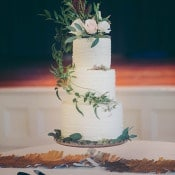 Woodland Inspired Wedding Cake with Cascading Vines | Mintwood Photo Co. | Elegant DIY Wedding in an Autumn Garden
