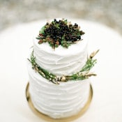 Wedding Cake Topped with Fresh Berries | Melanie Nedelko Photography | A Lush Midsummer Wedding on the River in Fresh Berry and Mint
