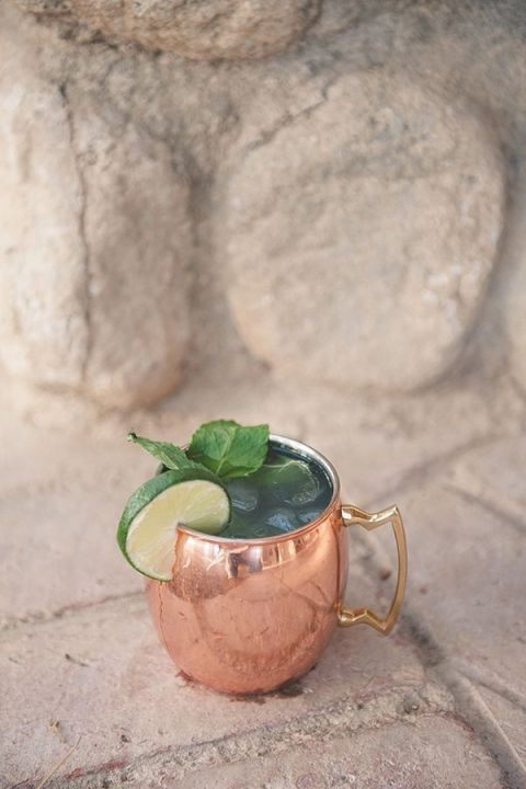 Moscow Mule in a Copper Mug | Bit of Ivory Photography | Specialty Cocktails and Wedding Bar Ideas
