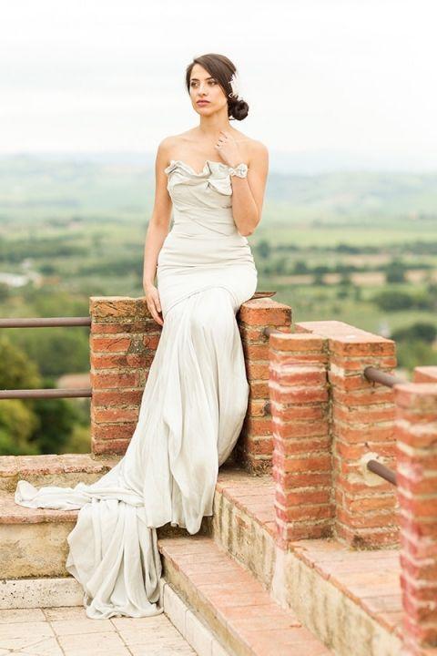Ivory Architectural Wedding Dress from Carol Hannah Bridal | Mike Larson Photography | A Romantic Tuscan Bridal Shoot