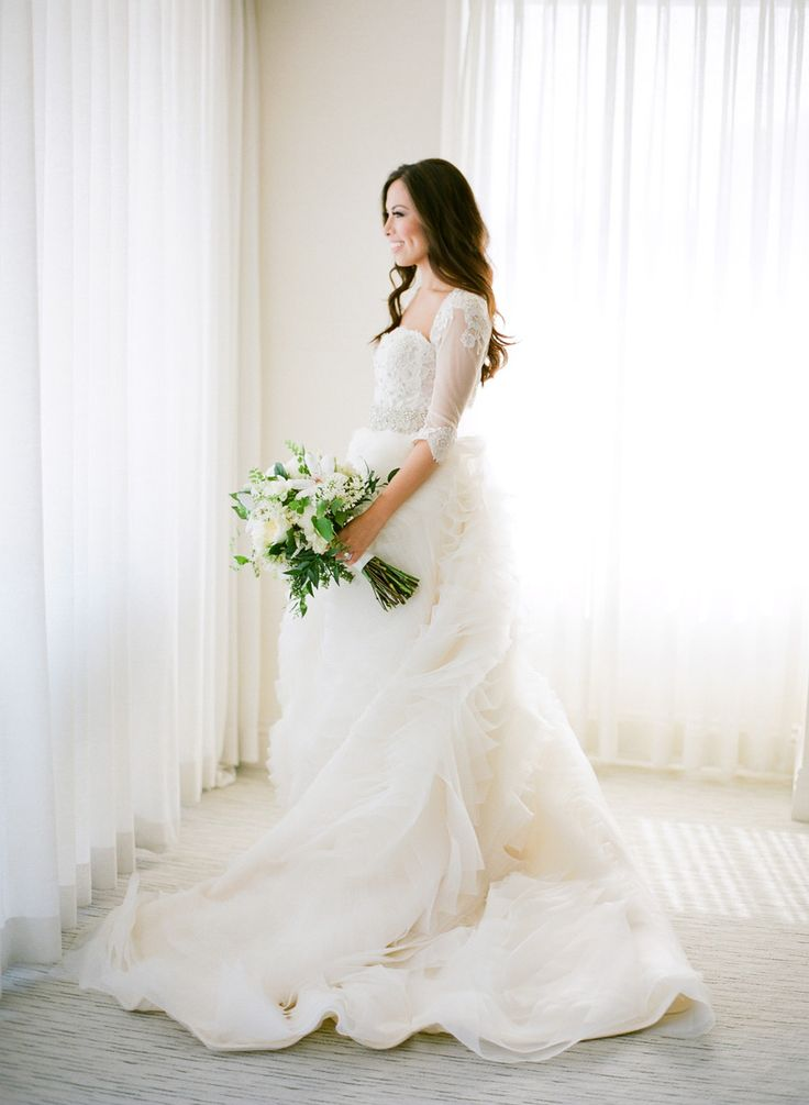 Classically Glam Bride | Jose Villa Photography