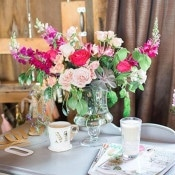 Cheerful Pink and Fuchsia Centerpiece | Ashley Slater Photography and Michaela Noelle Designs | Celebrating Creativity at the Bloom Workshop!