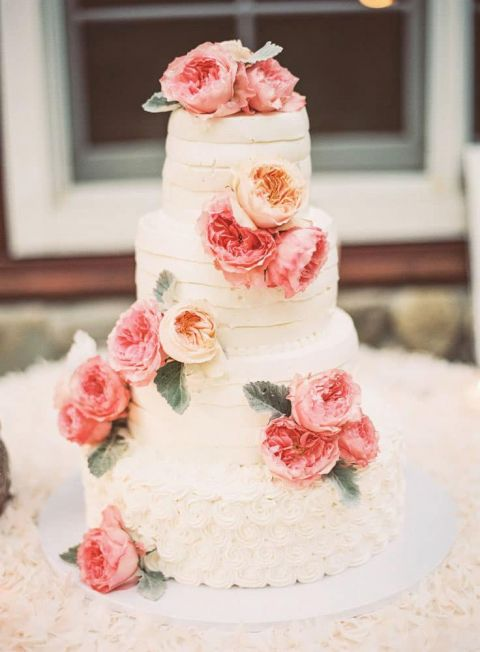 Tiered Wedding Cake with Peach Roses | Michelle Warren Photography