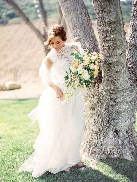 Romantic Spring Bride in Lace | Danielle Poff Photography | Rustic Sophistication Wedding Shoot in Wine Country