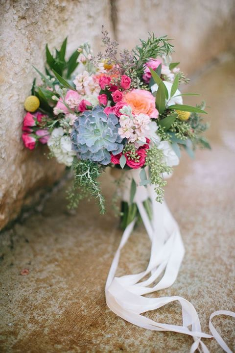 Sophisticated Colorful Bouquet | Jessica Gold Photography | Vintage Chic Pink and Gold Glitter
