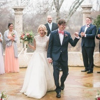 Colorful Winter Wedding in the Rain | Jessica Gold Photography | Vintage Chic Pink and Gold Glitter