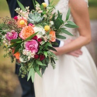 Pink and Coral Bouquet | Jessica Gold Photography | Vintage Chic Pink and Gold Glitter