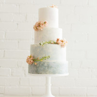 Monet Inspired Water Lily Wedding Cake | Jessica Peterson Photography | Wedding Styling Spotlight on Michelle Leo Events
