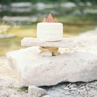 Terra Cotta Cake Topper | Kristen Kilpatrick Photography | In the Golden Light of Summer Wedding