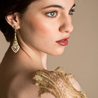 Chandelier Earrings and Berry Lips | Elizabeth Nord Photography