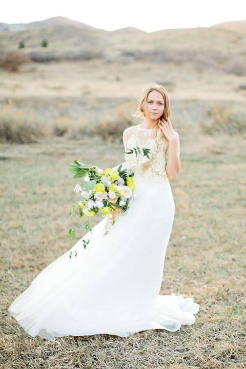 Chic Boho Bride | Callie Hobbs Photography | Bohemian Desert Wedding Shoot in Colorado