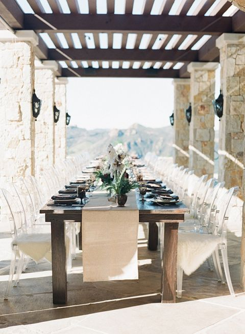 Lunch Reception at a Winery Villa | Diana McGregor Photography | Luxurious Autumn Feast at a Malibu Winery