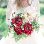 Red and Green Sumemr Bouquet | Connie Whitlock | Peony and Lace Outdoor Summer Wedding