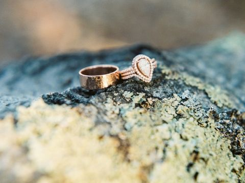 Pave Pear Shaped Engagement Ring | Danielle Poff Photography | Effortlessly Chic Sparkling Neutral Wedding