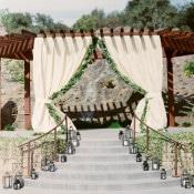 Elegant Vineyard Wedding Ceremony   Danielle Poff Photography   Effortlessly Chic Sparkling Neutral Wedding