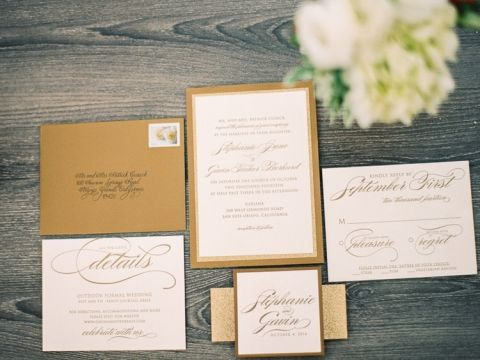 Metallic Gold Invitation | Danielle Poff Photography | Effortlessly Chic Sparkling Neutral Wedding