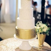 Glittering Gold Wedding Cake | Danielle Poff Photography | Effortlessly Chic Sparkling Neutral Wedding