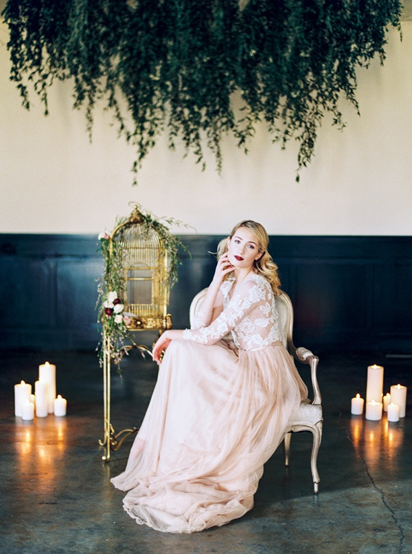 A Vintage Romance Wedding In Candlelight And Silk Hey