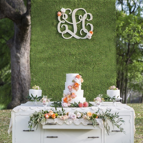 21 Sweet and Stunning Summer Wedding Cakes