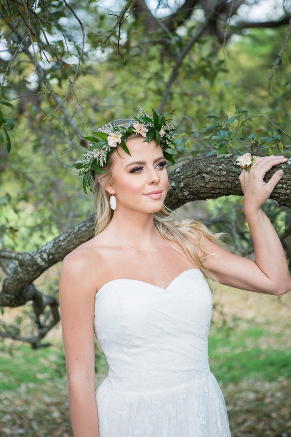 Romantic Spring Bride | Shelly Taylor Photography | Southern Peach Wedding