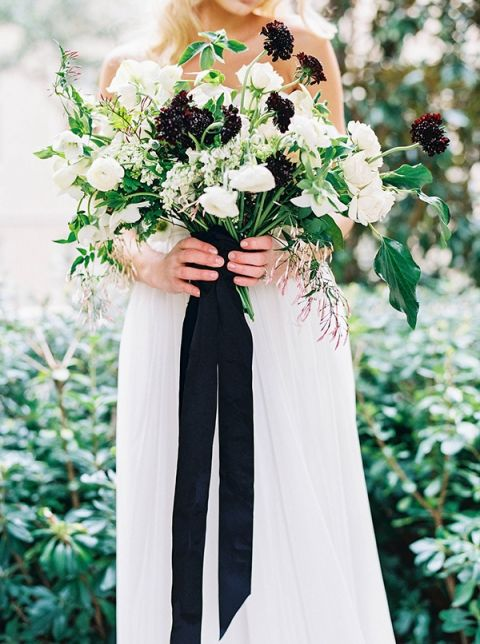 Loose Wild Bouquet with Black Velvet Ribbon | Sarah Carpenter Photography | Organic Black and White Wedding