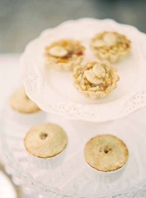 Mini Apple Tarts | Jen Huang Photography | Fresh Wedding Palette in Yellow and Green