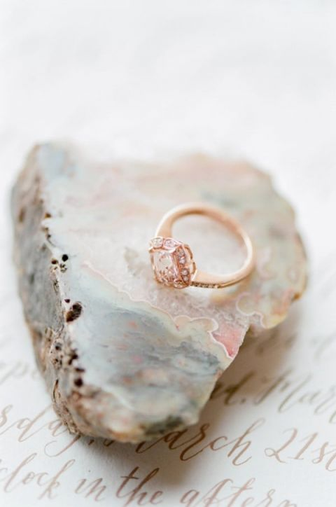 Rose Gold Engagement Ring | Tamara Gruner Photography | Marbled Wedding in Silver, Burgundy, and Blush