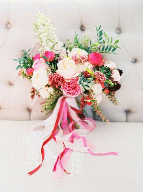 Bright and Bold Bouquet | Elena Koshkina Photography | Coral Summer Wedding