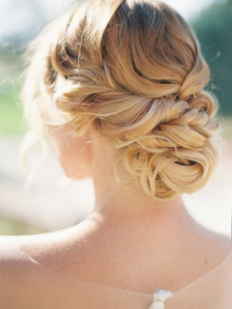 Elegant and Romantic Bridal Updo
