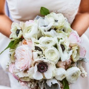 Delicate Blush and Ivory Bouquet | Leo Evidente | Chic Parisian Wedding in a Rustic Barn