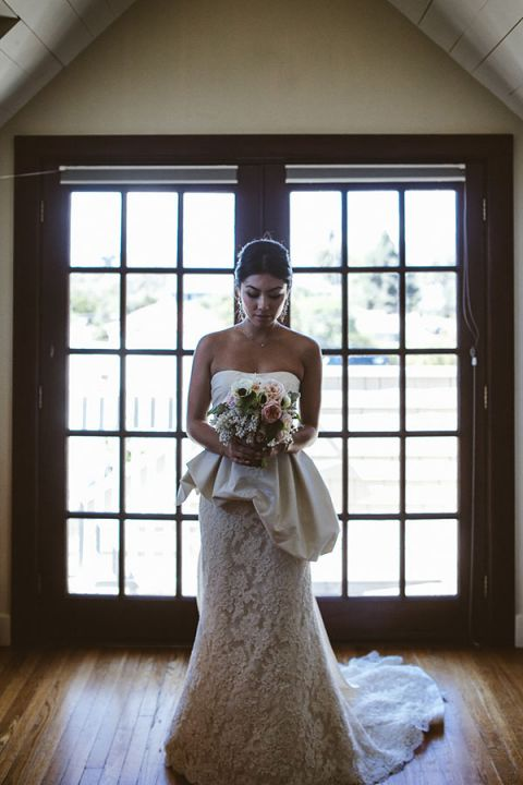 Dramatic Glam Bridal Portrait | Leo Evidente | Chic Parisian Wedding in a Rustic Barn