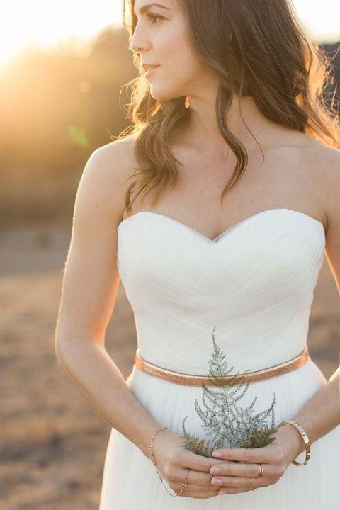 Elegant Copper Bridal Jewelry   Carlie Statsky Photography   Mixed Metallic Wedding Ideas for Fall!