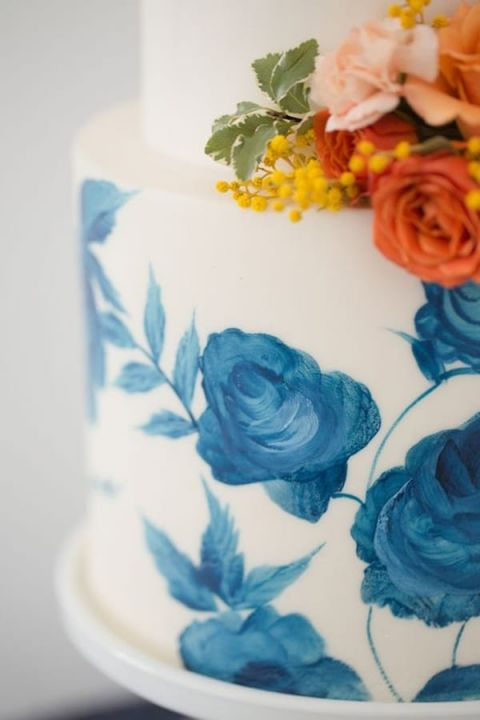 Blue Floral Print Wedding Cake | Amy and Jordan Photography | Modern Fall Wedding Palette with Bold Blue