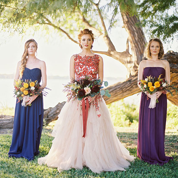 bold colors and a fl wedding dress for fall - Fall Colors For A Wedding