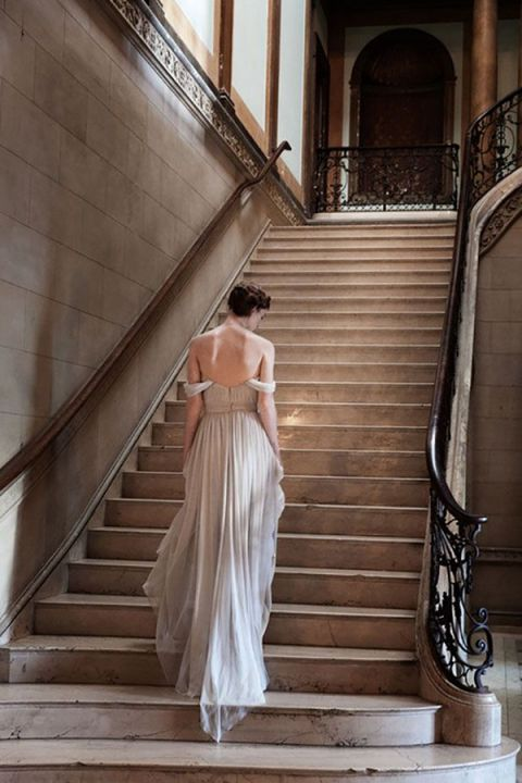 Flowing Gray Alexandra Grecco Wedding Dress | Agnes Thor Photography | https://heyweddinglady.com/ethereal-gray-winter-wedding-ideas/