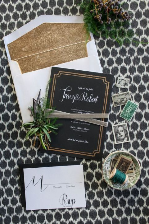 Modern Black and Gold Wedding Invitations | She Wanders Photography | https://heyweddinglady.com/modern-preppy-wedding-black-gold-emerald-mixed-prints/