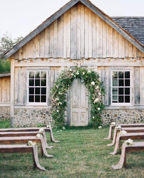 Rustic Elegant Barn Wedding Ideas: Earthy And Elegant Rustic Wedding In Dusty Blue And Taupe