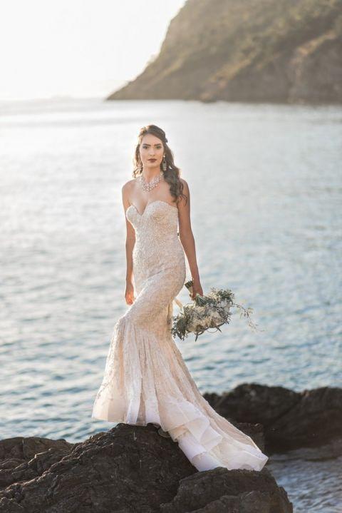 Stephen Yearick Wedding Gowns 25 Unique Glamorous Gold Mermaid Wedding