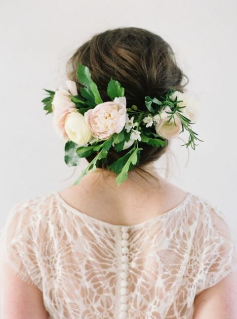 Sweet Floral Headpiece for a Spring Bride