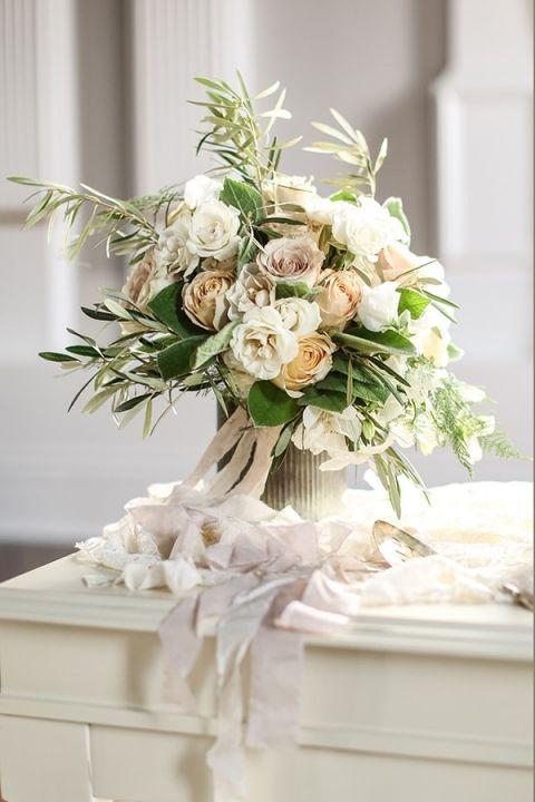 Chic Neutral Bouquet Slf Weddings Https Heyweddinglady Intimate
